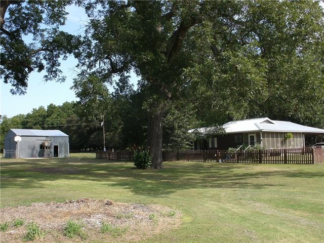 Photo of 1080 Muenster Road  Forestburg  TX