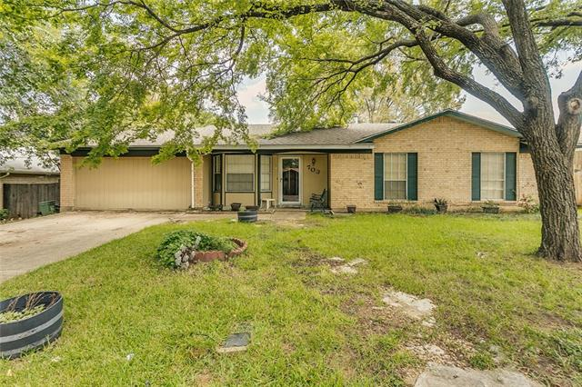 Photo of 703 Del Mar Lane  Arlington  TX