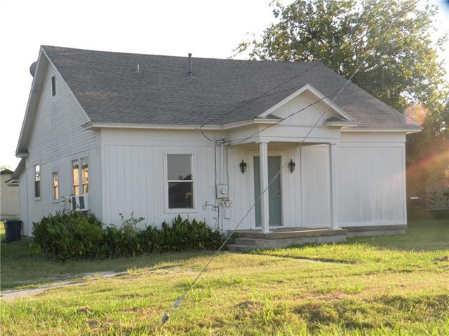 Photo of 101 W Huffman Street  Krum  TX