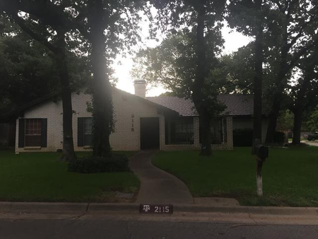 Photo of 2115 Twin Elms Drive  Arlington  TX