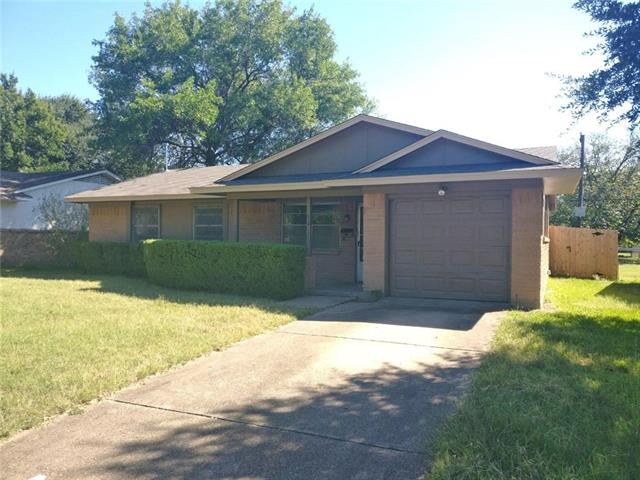 Photo of 426 E Mona Avenue  Duncanville  TX