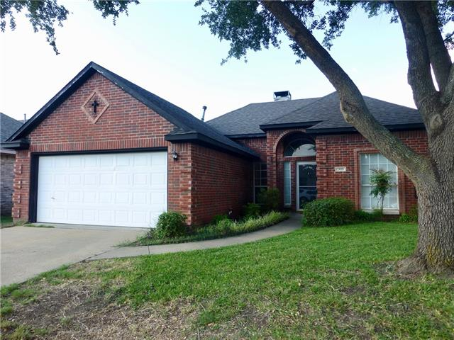 Photo of 309 W Willow Creek Drive  Glenn Heights  TX