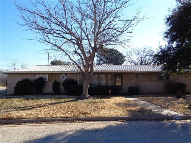 Photo of 702 Westridge Circle  Breckenridge  TX