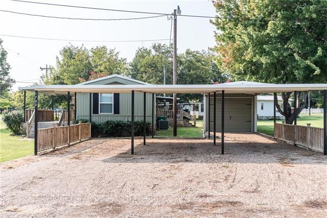 Photo of 1700 Cuilco Court  Granbury  TX