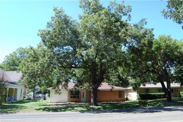 Photo of 304 NW 4th Street  Hubbard  TX