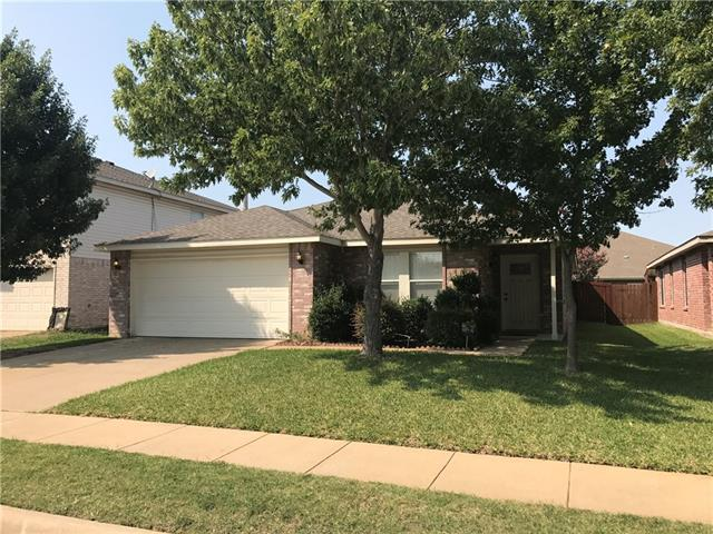 Photo of 4328 Hunters Creek Drive  Fort Worth  TX