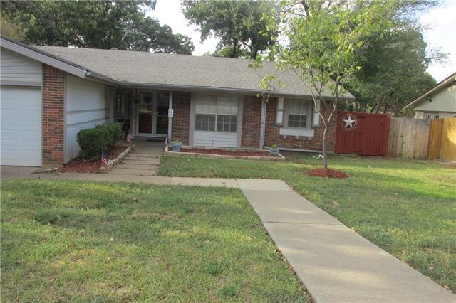 Photo of 1213 Douglas Street  Euless  TX