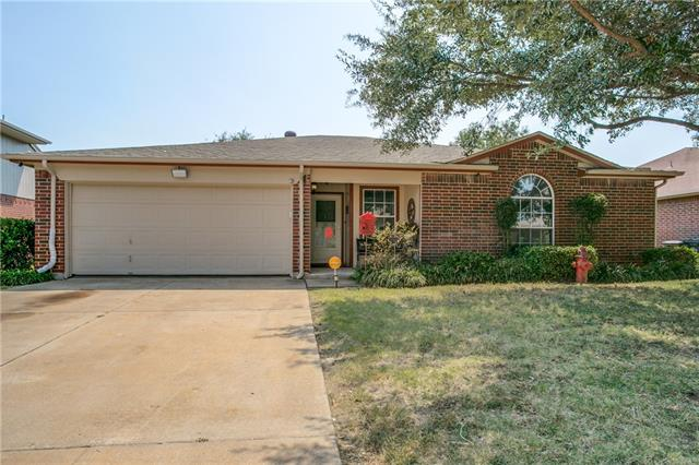 Photo of 4913 Cedar Springs Drive  Fort Worth  TX