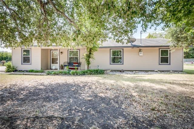 Photo of 1005 Eastridge Circle  Red Oak  TX