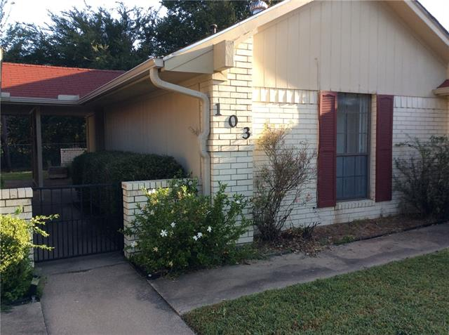Photo of 103 Gilpin Drive  Fairfield  TX