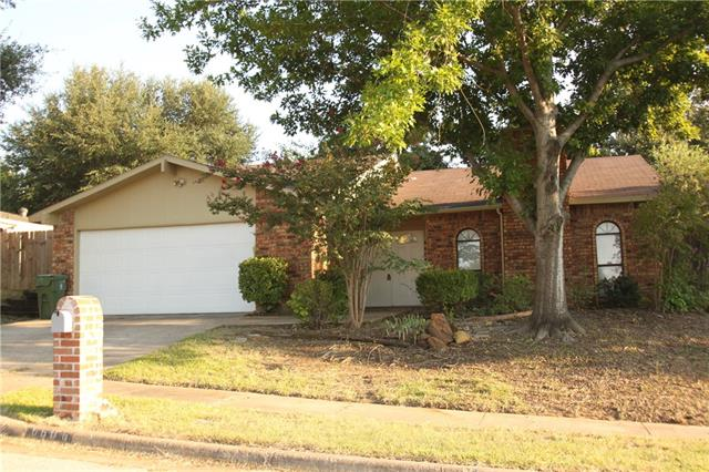 Photo of 6606 Forestview Drive  Arlington  TX