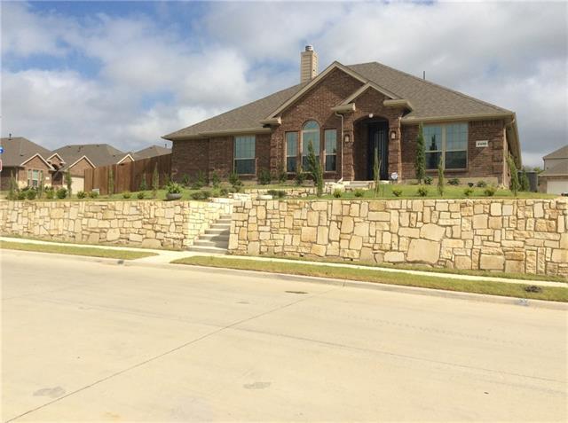 3402 Thunder Drive, Sachse, Texas
