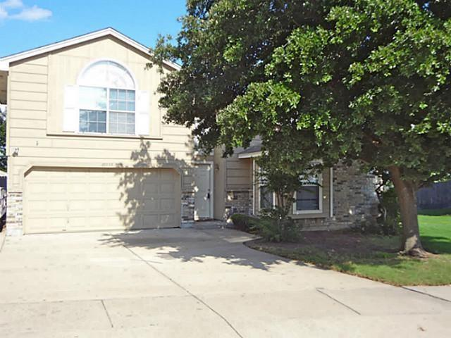 Photo of 10533 Del Mar Court  Benbrook  TX