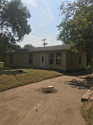 Photo of 401 N Clay Street  Kaufman  TX