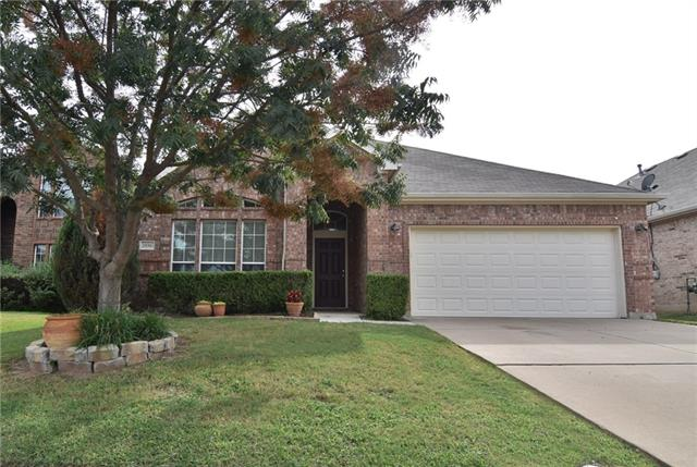 Photo of 2856 Maple Creek Drive  Fort Worth  TX