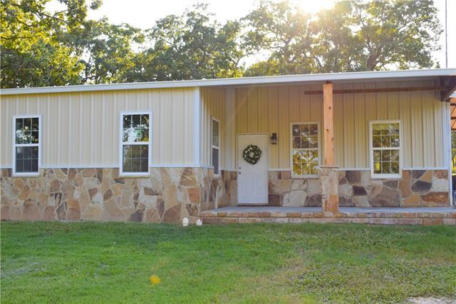 Photo of 584 County Road 3555  Paradise  TX