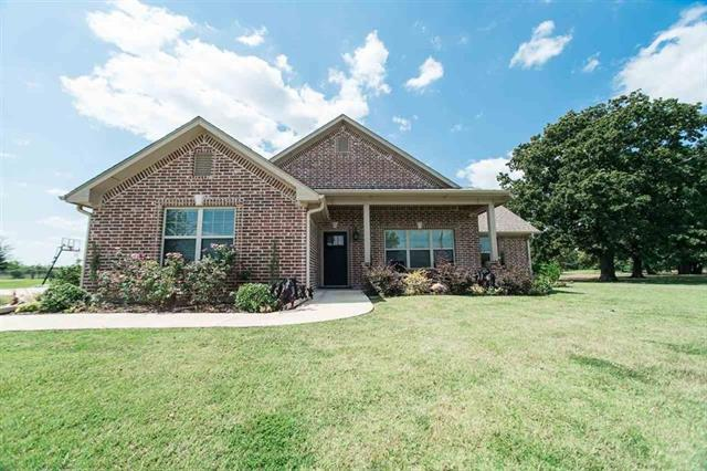 Photo of 2425 36th Street NE  Paris  TX