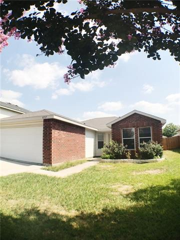Photo of 8737 Polo Drive  Fort Worth  TX