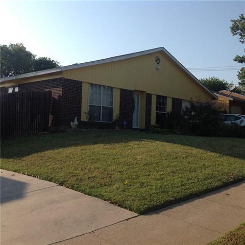 Photo of 7904 Trimble Drive  Fort Worth  TX