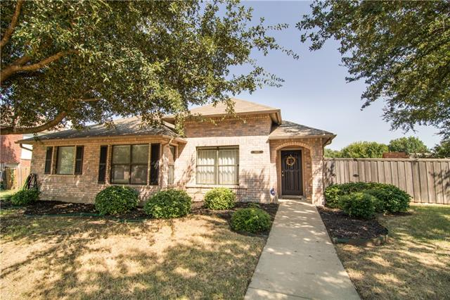 Photo of 6408 White Oaks Lane  Frisco  TX
