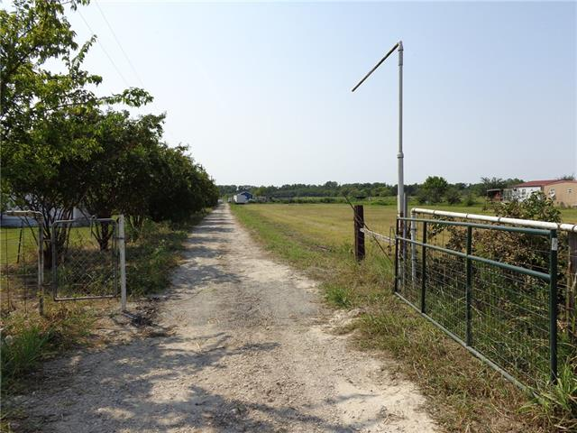 Photo of 348 County Road 2146  Greenville  TX