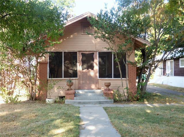 Photo of 1307 S Seaman Street  Eastland  TX