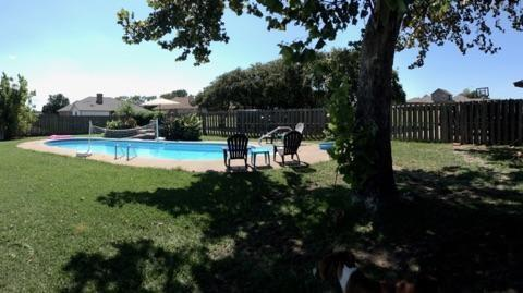 Photo of 6 Broadmoor Court  Bonham  TX