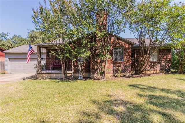Photo of 1729 Oakland Boulevard  Fort Worth  TX