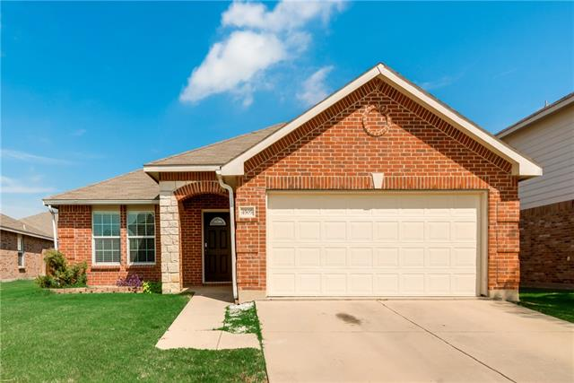 Photo of 4505 Martingale View Lane  Fort Worth  TX