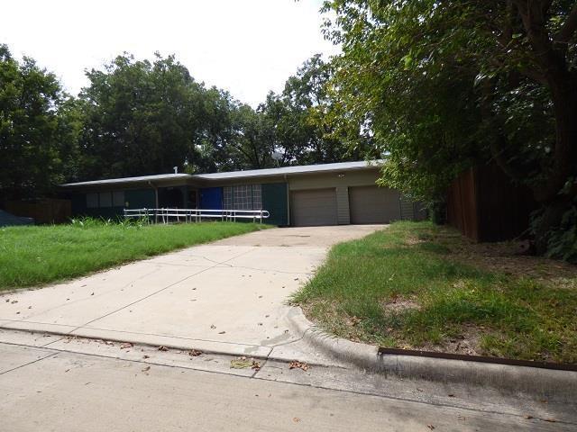 Photo of 123 Oriole Drive  Arlington  TX