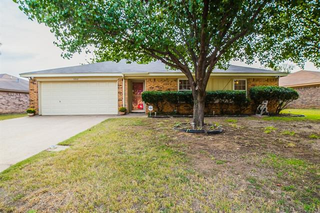 Photo of 6302 Walnut Springs Drive  Arlington  TX