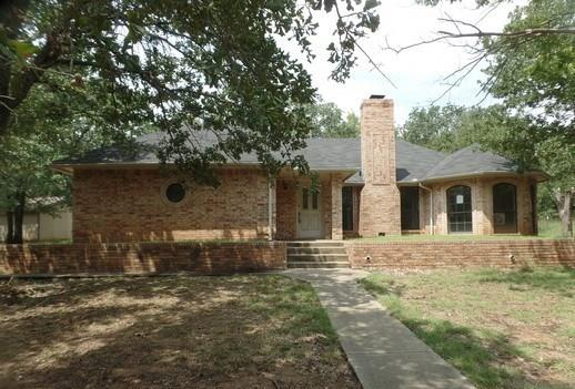 Photo of 300 Faye Lane  Springtown  TX