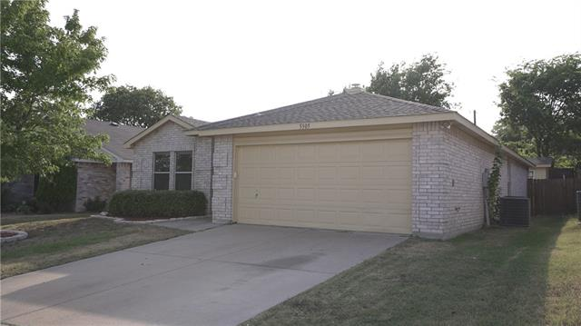 Photo of 5305 Bedfordshire Drive  Fort Worth  TX