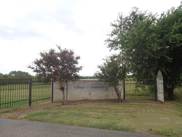 Photo of 522 Stetson Drive  Southmayd  TX
