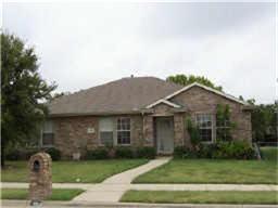 Photo of 604 Stellaway Drive  DeSoto  TX
