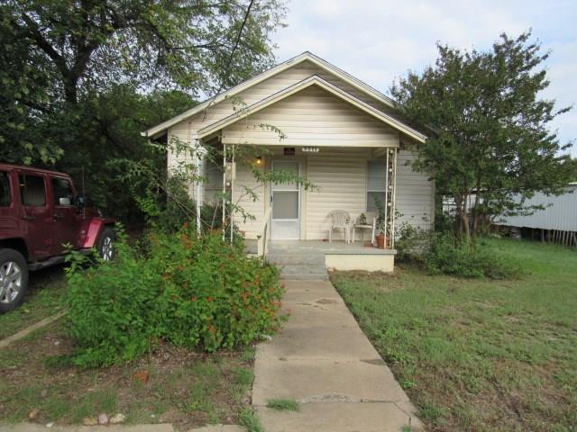 Photo of 2211 Avenue C  Brownwood  TX