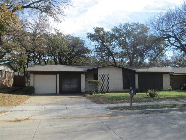 Photo of 87 Ravenswood Drive  Bedford  TX