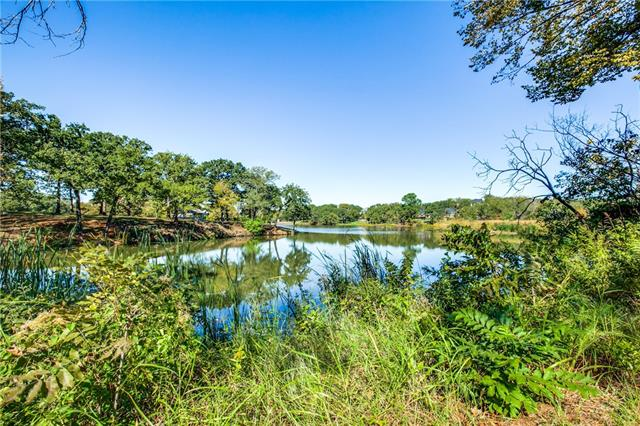 2611 W Pleasant Ridge Road Dalworthington Gardens, TX 76016