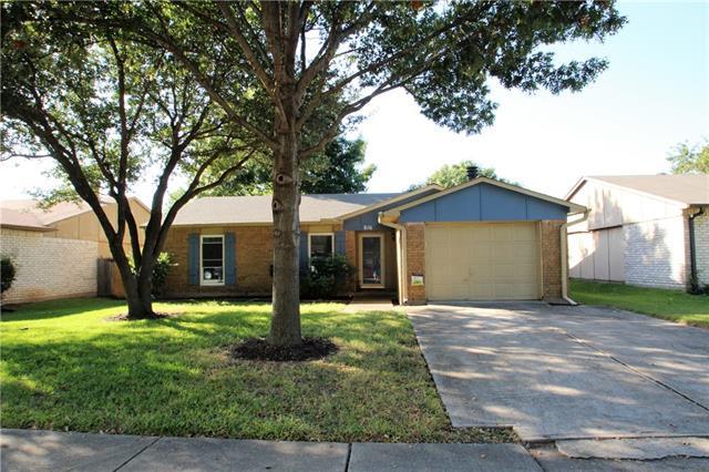 Photo of 816 Grassy Glen Drive  Allen  TX
