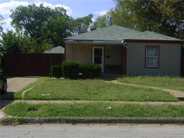 Photo of 912 Chicago Avenue  Fort Worth  TX