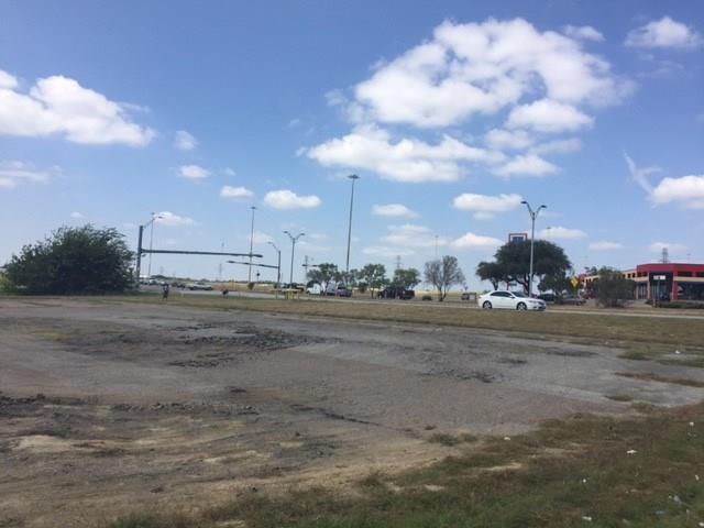 2860 E Pioneer Parkway Arlington, TX 76010