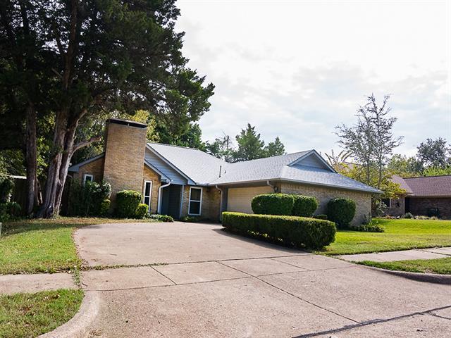 Photo of 4318 Simmons Drive  Rowlett  TX