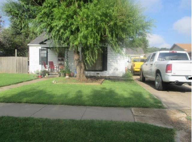 Photo of 1120 Hillcrest Street  Amarillo  TX