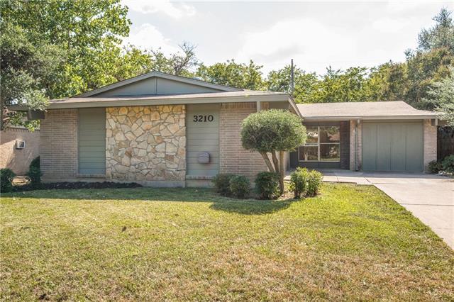 Photo of 3210 Ridgehaven Street  Irving  TX
