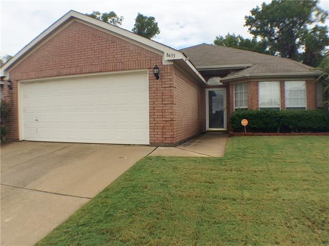 Photo of 8633 Fountainview Terrace  Fort Worth  TX