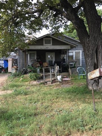 Photo of 305 E Weaver Avenue  Alvarado  TX
