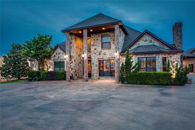 1604 Taylor Bridge Court, Burleson, Texas