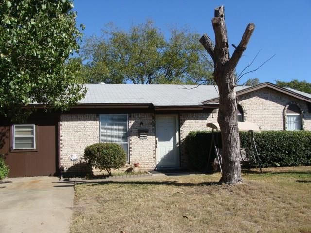 Photo of 320 Springwillow  Burleson  TX