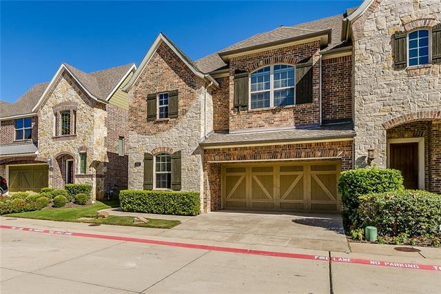 Townhome property for sale at 242 Churchill Loop, Grapevine Texas 76051