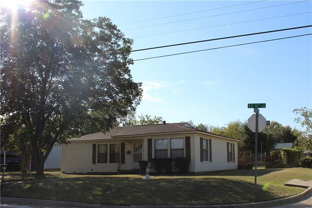 Photo of 800 16th Street  Mineral Wells  TX